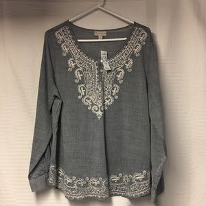 Women's dress barn long sleeve shirt